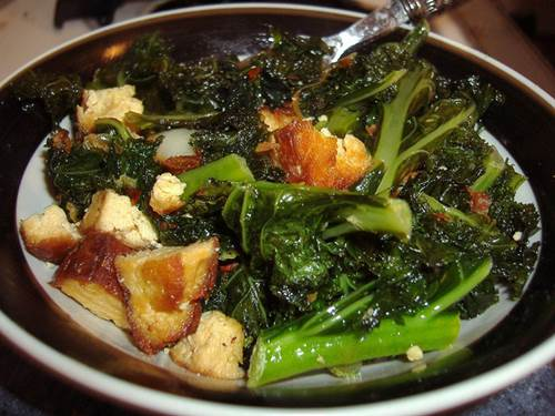 Kale with Tofu Dish
